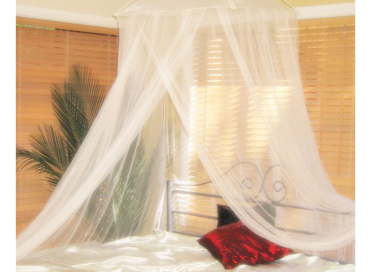 Resort Style Cream Mosquito Nets