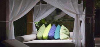 Luxurious Cotton Bed Canopy Mosquito Nets