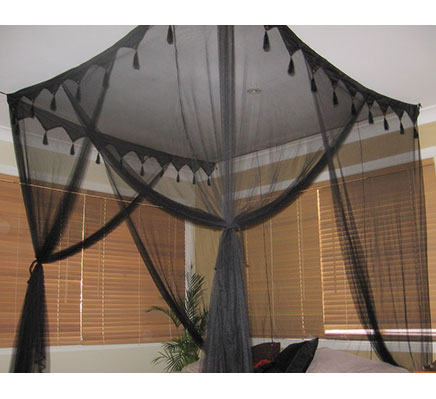 black king size deluxe box mosquito net bed canopy 4 poster bed style ebay. Black Bedroom Furniture Sets. Home Design Ideas